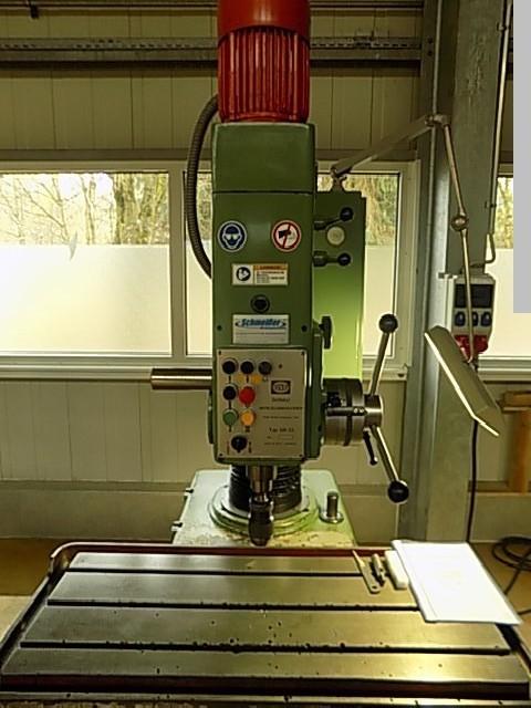 Скоростной радиально-сверлильный станок DONAU DR 23 unter Strom фото на Industry-Pilot
