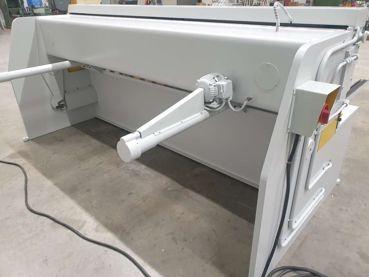 Hydraulic guillotine shear  Eclair ASS 6,5 mm photo on Industry-Pilot