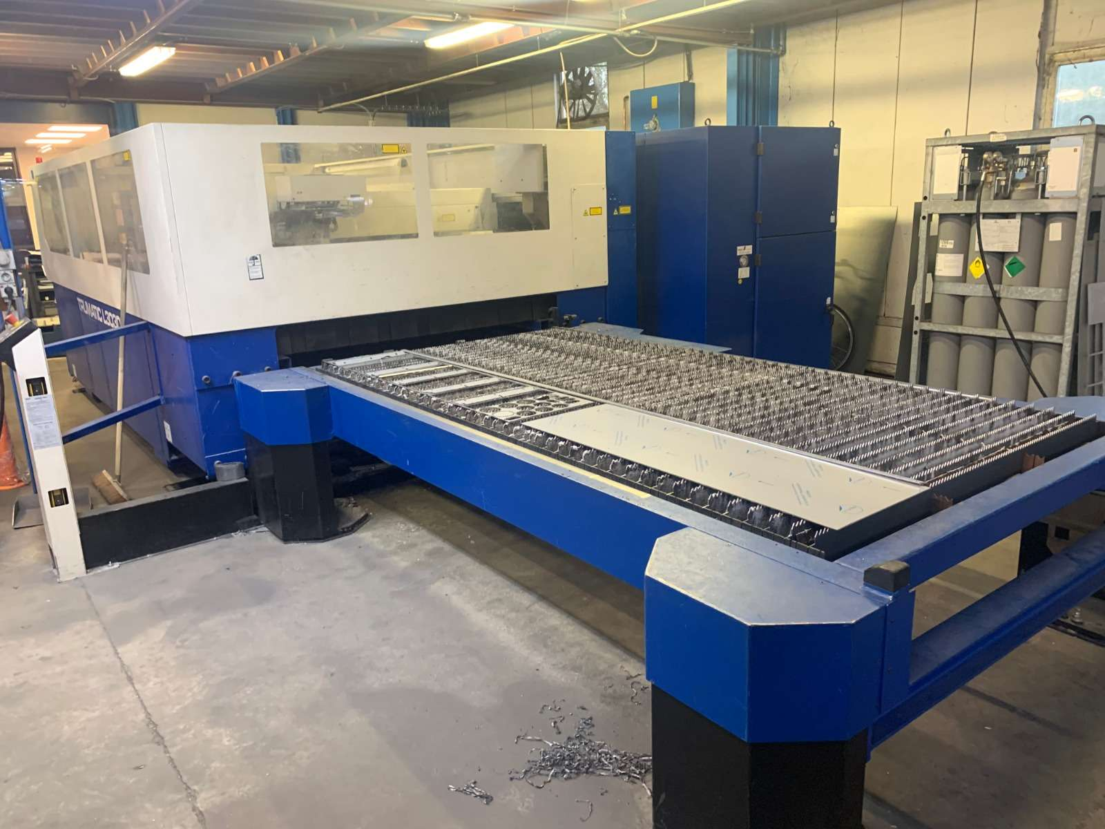 Laser Cutting Machine Trumpf L3030 photo on Industry-Pilot