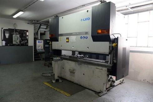 Press Brake hydraulic LVD - PPEB 135T x 30 photo on Industry-Pilot