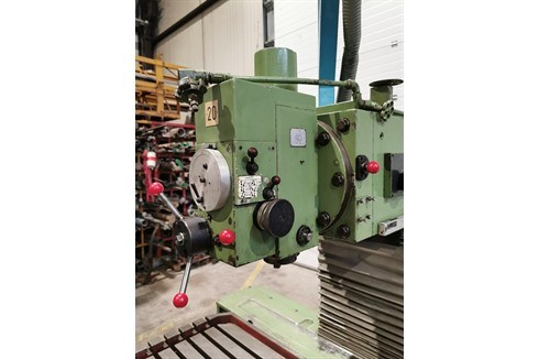 Knee-and-Column Milling Machine - univ. Maho - MH800 photo on Industry-Pilot