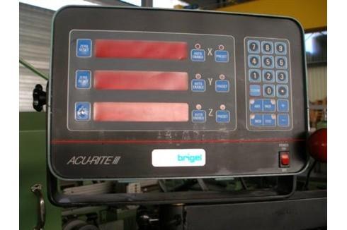 Knee-and-Column Milling Machine - univ. Schaublin - 53 photo on Industry-Pilot