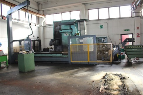 Bed Type Milling Machine - Vertical FPT - LEM T 10 photo on Industry-Pilot