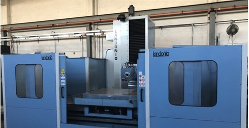 Knee-and-Column Milling Machine - vert. Landonio - FMT 2500 photo on Industry-Pilot