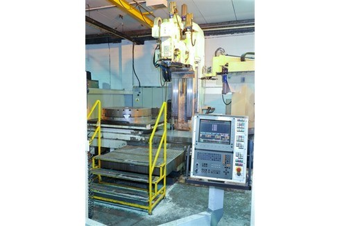 Knee-and-Column Milling Machine - vert. Boko - WF 3.12 photo on Industry-Pilot
