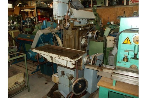 Knee-and-Column Milling Machine - vert. Tos - FNC 25 photo on Industry-Pilot