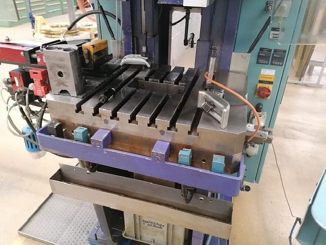 Штамповочный автомат BEUTLER P95-C250  фото на Industry-Pilot