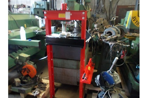 Tryout Press - hydraulic NN - 20 T photo on Industry-Pilot