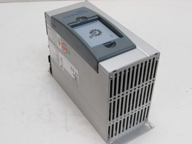 Frequency converter  Nordac 700E SK 700E-751-340-A 400V 15,5A 7,5kW + SKCU1-STD NEUWERTIG TESTED photo on Industry-Pilot