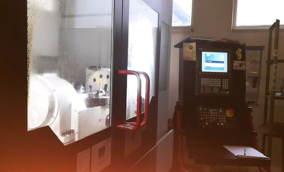 Обрабатывающий центр - универсальный QUASER MF 630C фото на Industry-Pilot