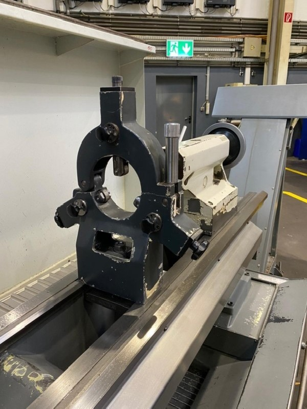 CNC Turning Machine WEILER C50 x 2000 photo on Industry-Pilot