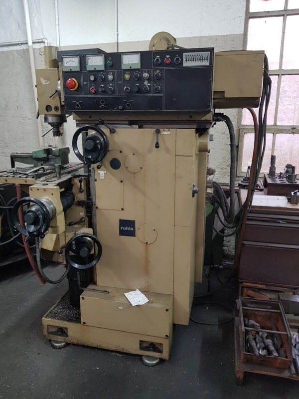 Toolroom Milling Machine - Universal WMW - RUHLA VRB 2241 photo on Industry-Pilot