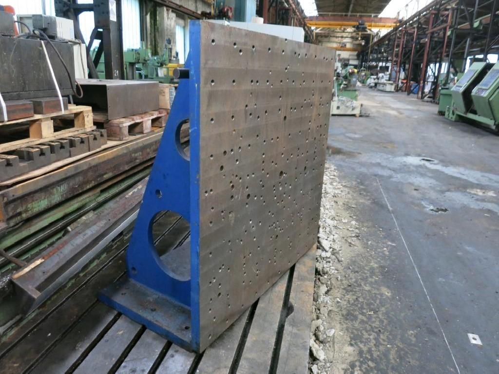 Угольник для закрепления изделия Aufspannwinkel фото на Industry-Pilot