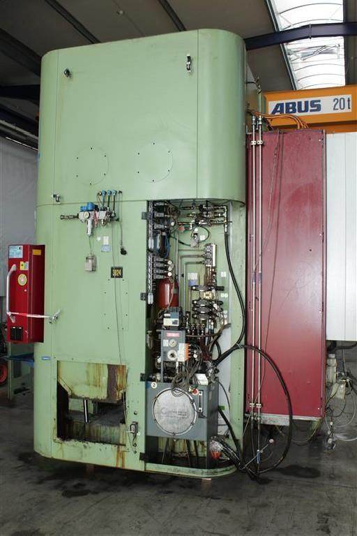 Вертикальный токарный станок SCHUSTER FUTURLINE VTM 650 Vertikal фото на Industry-Pilot