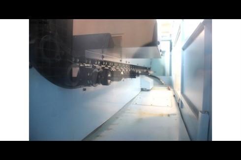 Обрабатывающий центр - вертикальный Matsuura MX-520 фото на Industry-Pilot