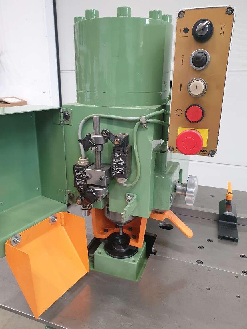 Дыропробивные прессы Peddinghaus Hydraulic 300 фото на Industry-Pilot