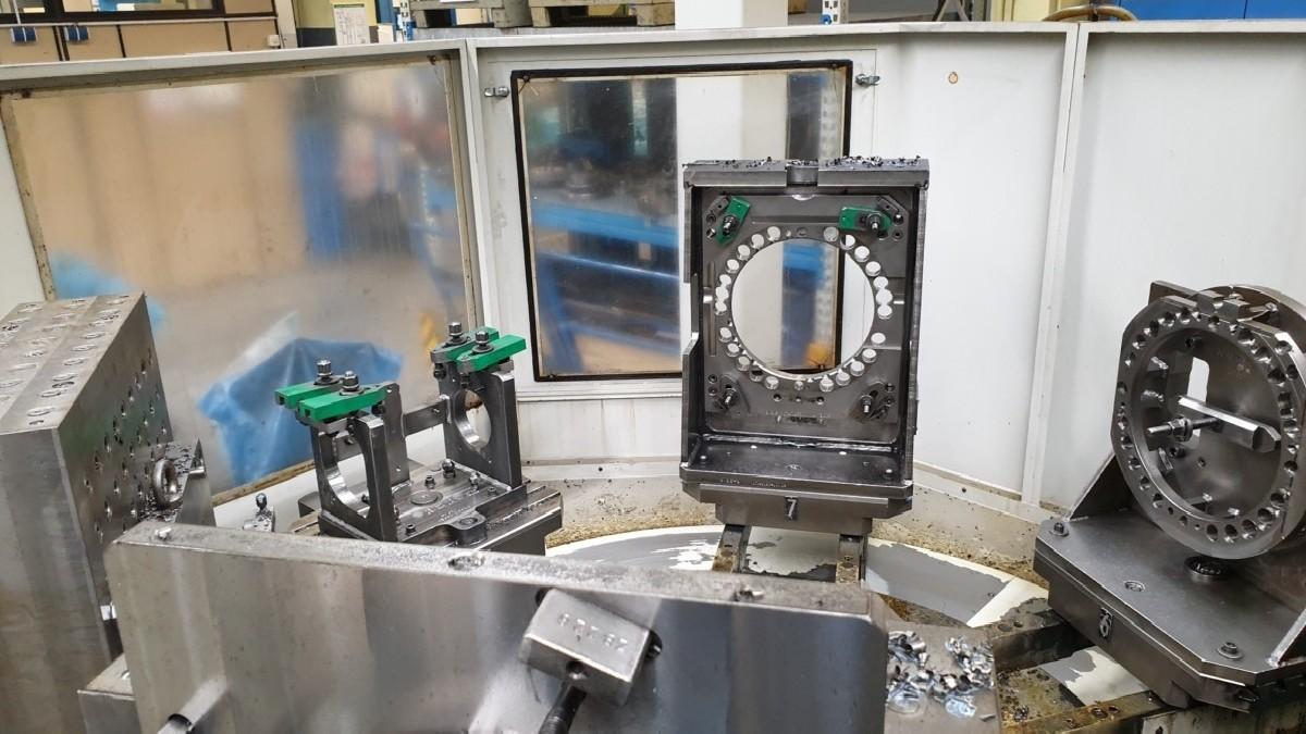 Обрабатывающий центр - горизонтальный STARRAG-HECKERT CWK 400D Dynamic фото на Industry-Pilot