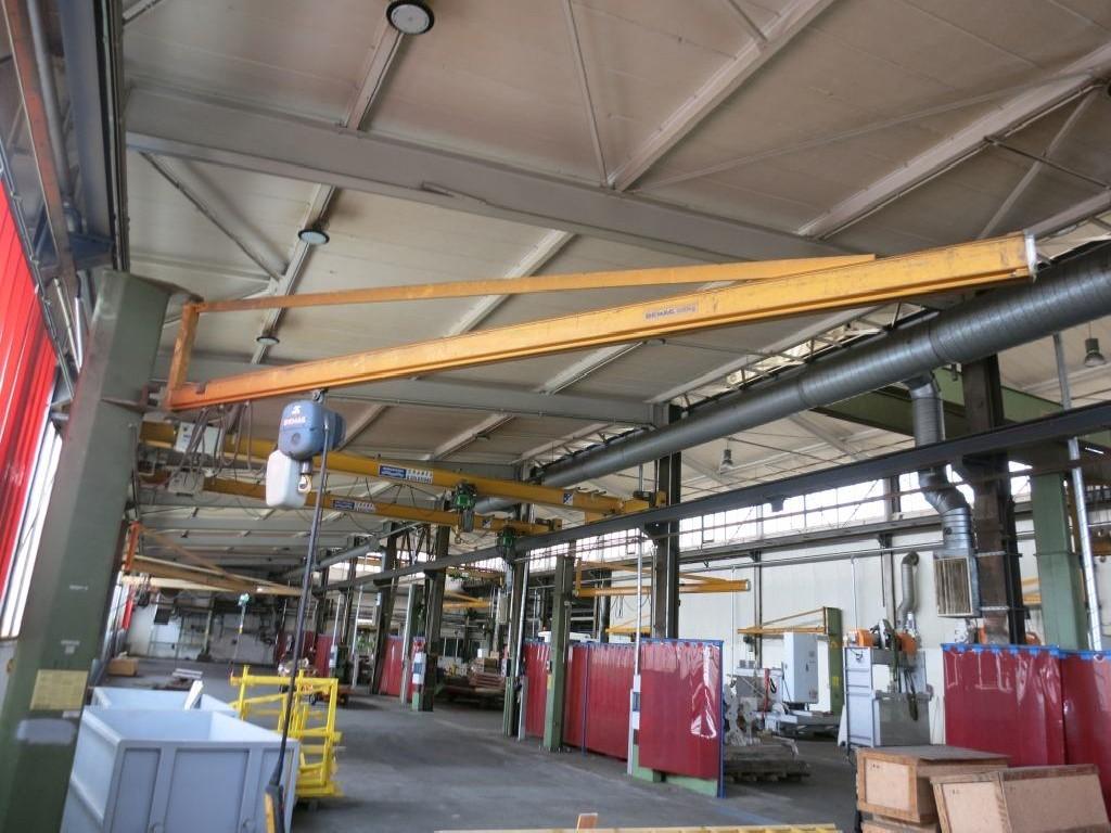 Поворотный кран на колонне DEMAG 500kg фото на Industry-Pilot
