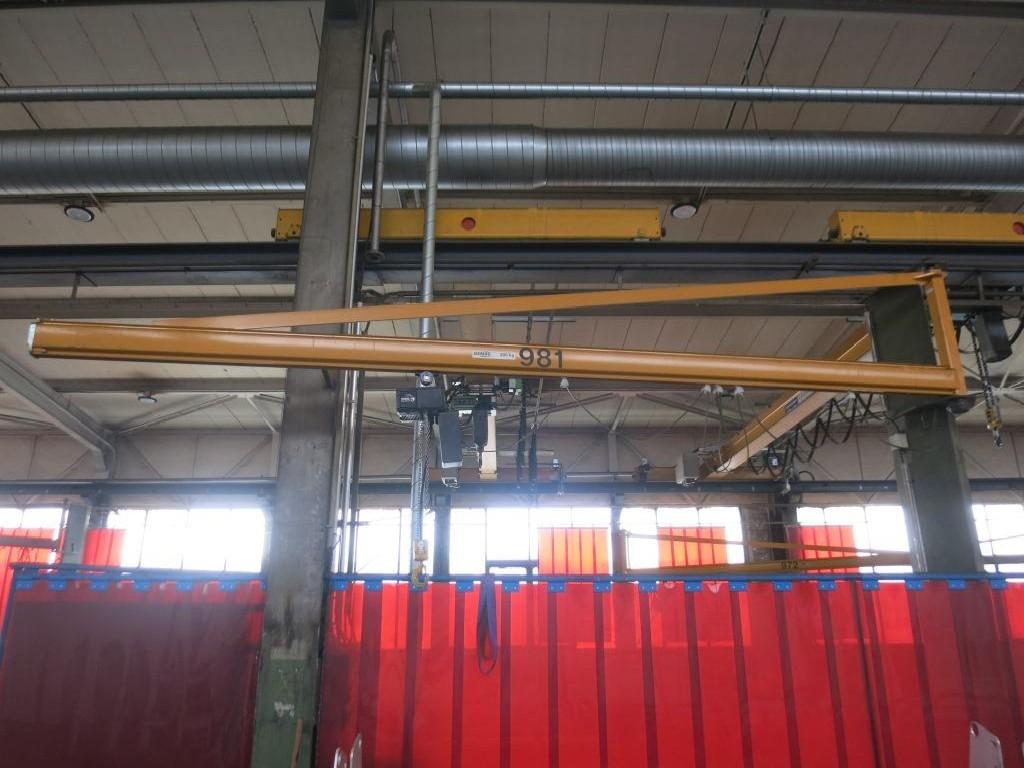 Поворотный кран на колонне STAHL 500kg фото на Industry-Pilot