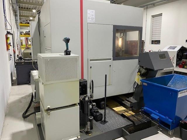 Обрабатывающий центр - вертикальный QUASER MV204CV фото на Industry-Pilot