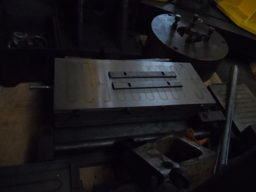 Magnetic Clamping Plate Magnetspannplatte 400 mm photo on Industry-Pilot
