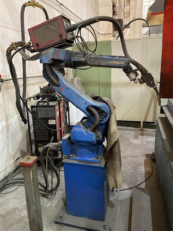 Сварочный робот Motomann Integral MIG 450 фото на Industry-Pilot