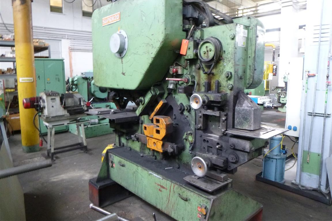 Section Steel Shear Peddinghaus Model 210 Super 20 photo on Industry-Pilot