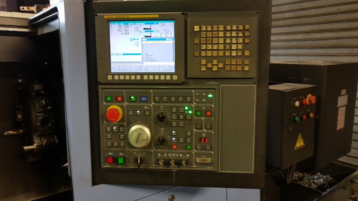 CNC Turning Machine - Inclined Bed Type DOOSAN DAEWOO LYNX 220 LMA photo on Industry-Pilot