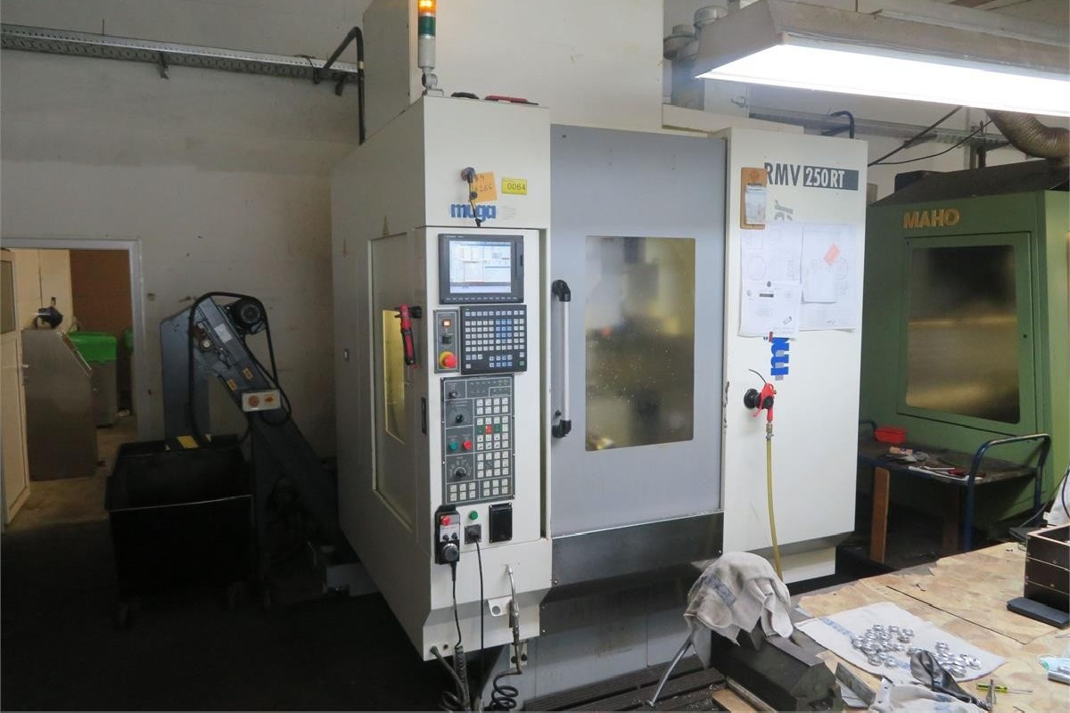 Machining Center - Vertical Muega RMV 250RT photo on Industry-Pilot