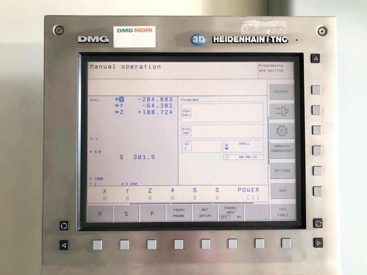 Обрабатывающий центр - вертикальный DECKEL MAHO DMC 835 V фото на Industry-Pilot