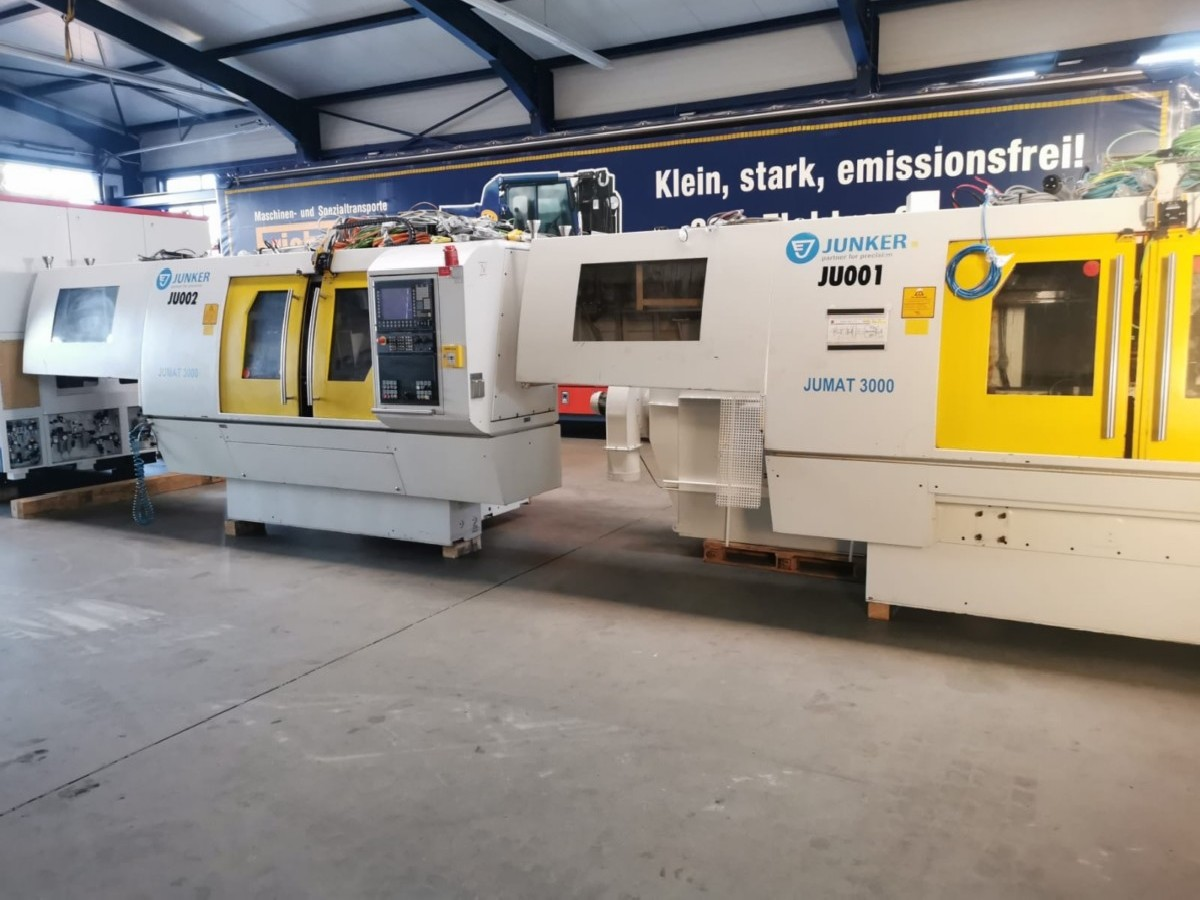 Cylindrical Grinding Machine JUNKER Jumat 3000/50 photo on Industry-Pilot