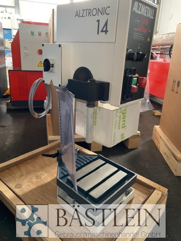 Bench Drilling Machine ALZMETALL ALZTRONIC 14 photo on Industry-Pilot