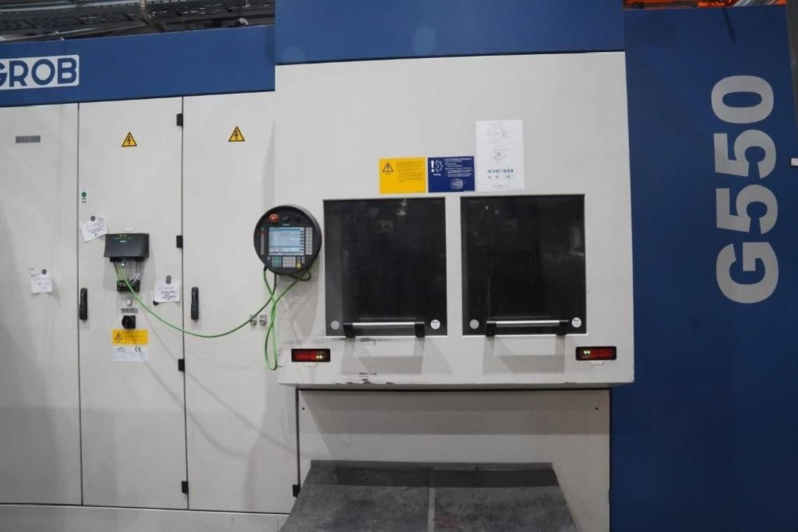 Machining Center - Vertical GROB G 550 photo on Industry-Pilot