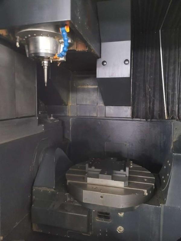 Machining Center - Universal DOOSAN VC 630 5AX photo on Industry-Pilot