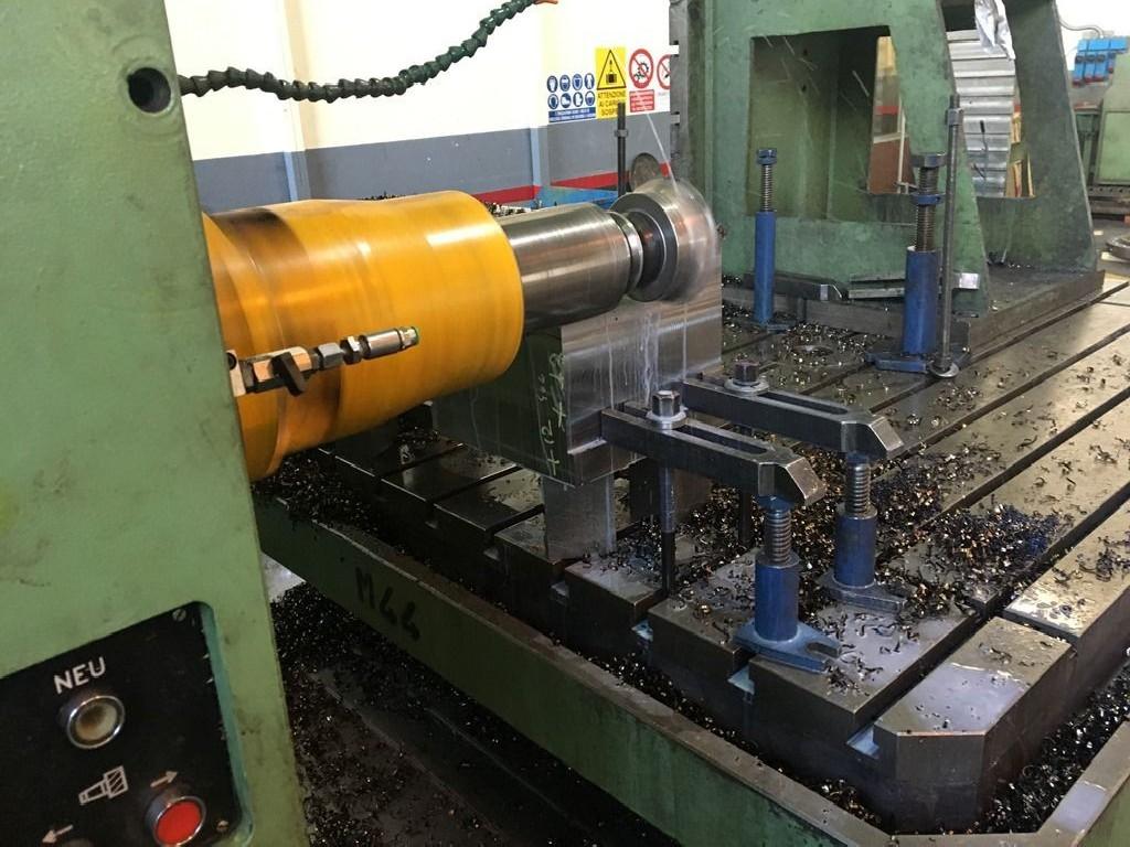 Horizontal Boring Machine TOS-VARNSDORF WHQ 13 CNC photo on Industry-Pilot