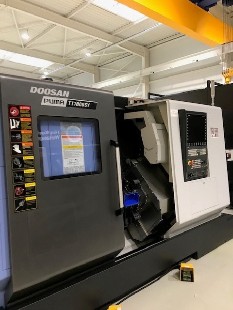 CNC Turning Machine - Inclined Bed Type DOOSAN Puma TT 1800 SY photo on Industry-Pilot