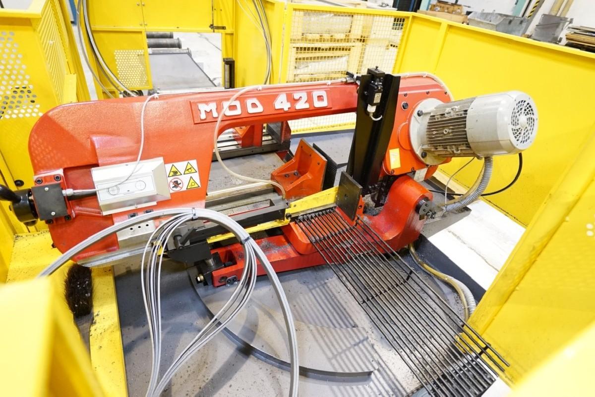 Automatic bandsaw machine - Horizontal BIANCO 420 A photo on Industry-Pilot