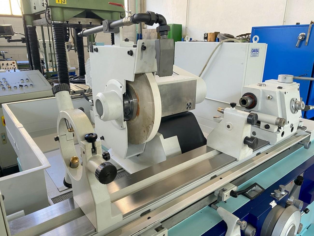 Cylindrical Grinding Machine TACCHELLA 1018 UM photo on Industry-Pilot