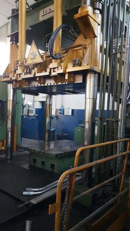 Hydraulic Press TCS 150 T photo on Industry-Pilot