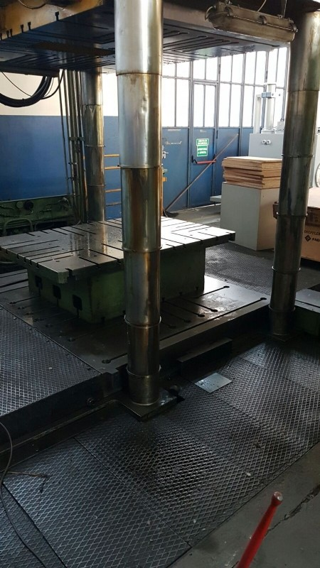Hydraulic Press TCS 150 T photo on Industry-Pilot