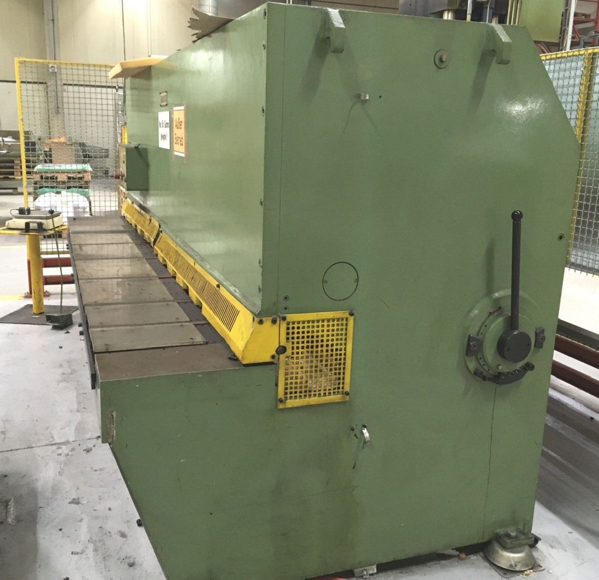 Hydraulic guillotine shear  DIGEP HS-6/3050 photo on Industry-Pilot