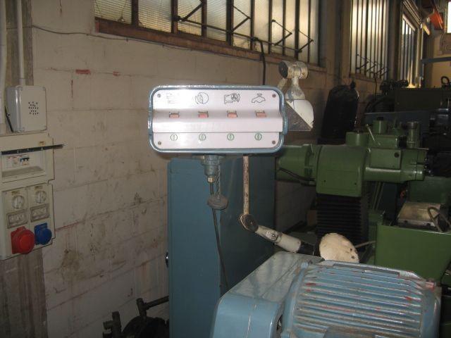 Круглошлифовальный станок - универс. JONES & SHIPMAN 1300 EIT фото на Industry-Pilot