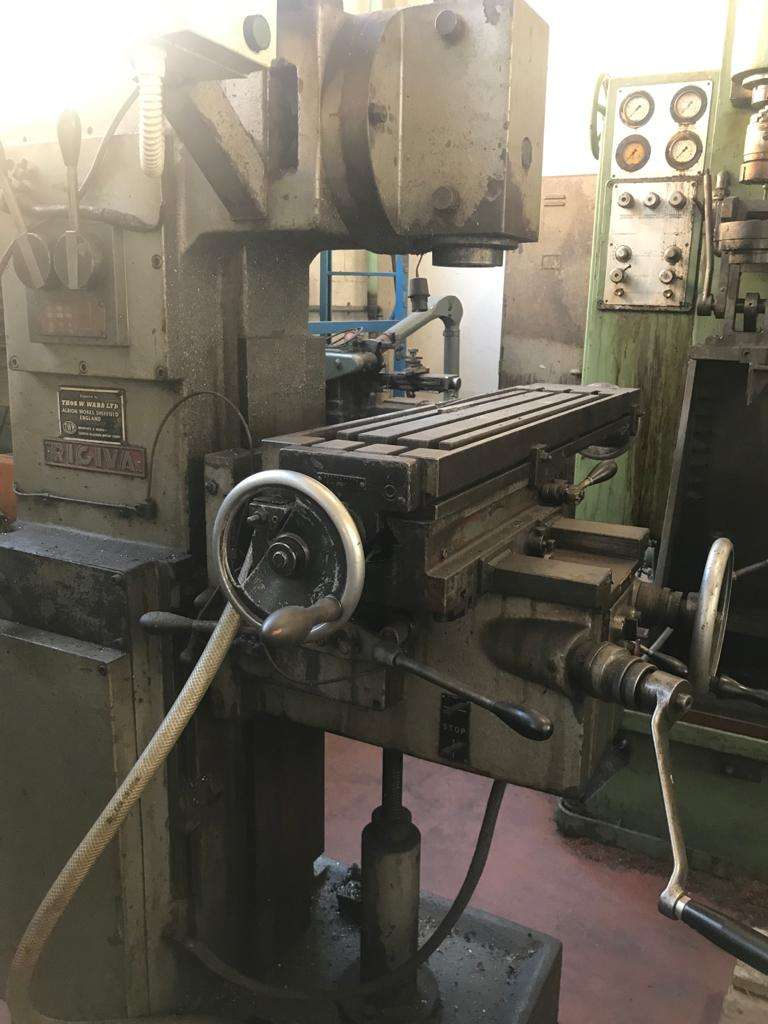 Bed Type Milling Machine - Universal RIGIVA V2 photo on Industry-Pilot