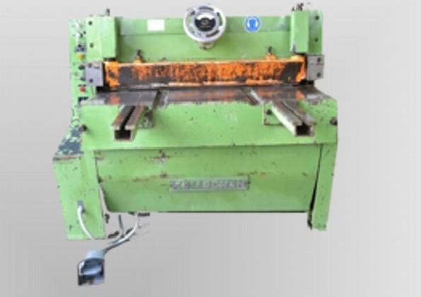 Mechanical guillotine shear KÖLLSCHEN BSK 1000/3 photo on Industry-Pilot
