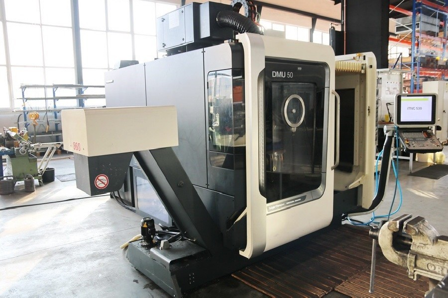 Machining Center - Universal DMG MORI DMU 50 photo on Industry-Pilot