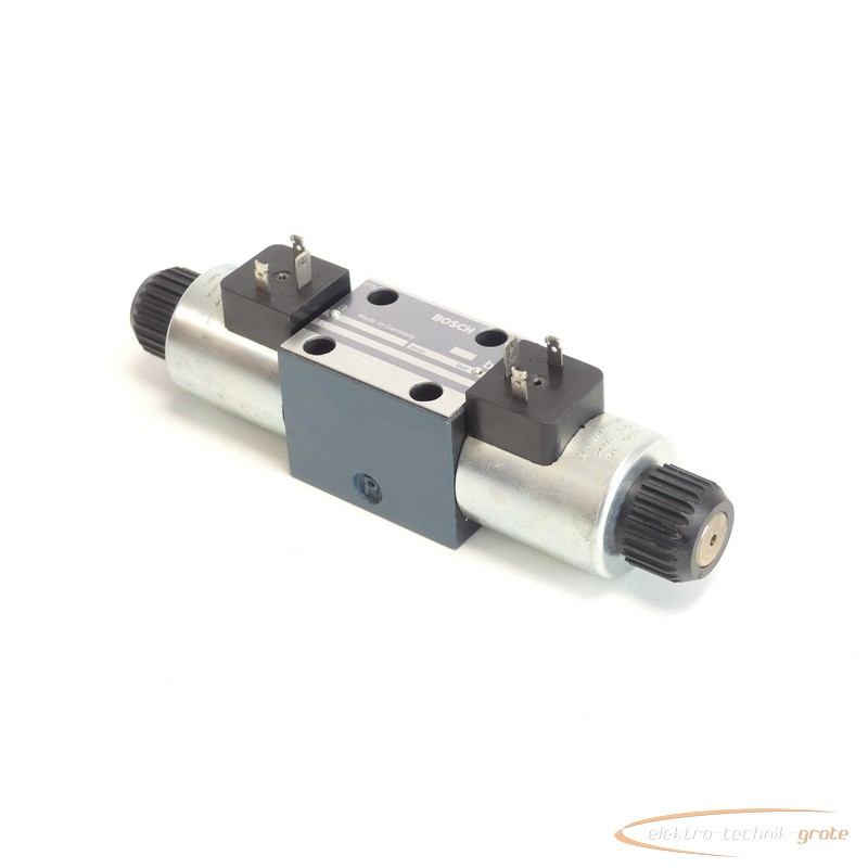 Hydraulic control valve Bosch 0 810 091 212 / 0810091212 + 1837001227 Wegeventil 24 V photo on Industry-Pilot