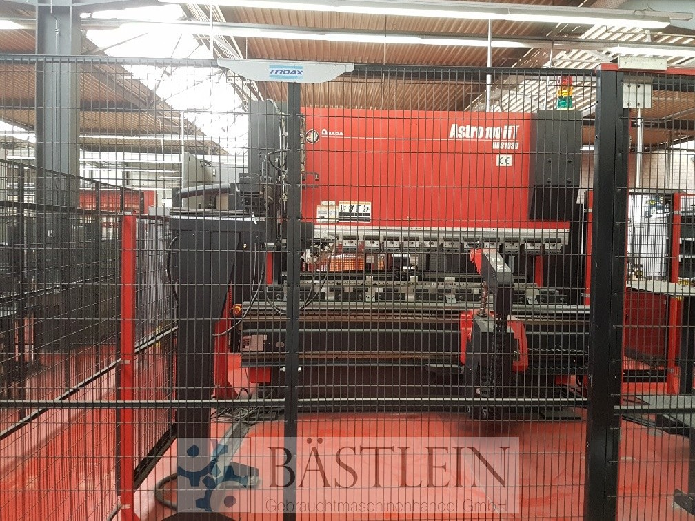 Press Brake hydraulic AMADA ASTRO 100 NT photo on Industry-Pilot