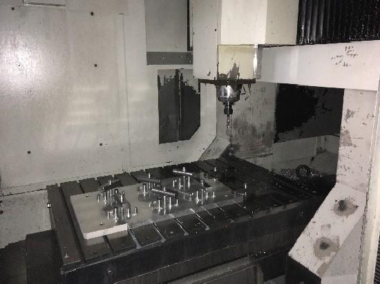 Machining Center - Vertical DMG DMC 100 V photo on Industry-Pilot