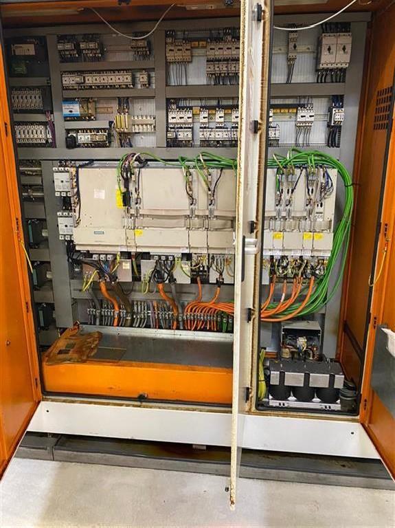 Обрабатывающий центр - горизонтальный HÜLLER-HILLE NBH 170 SPEED фото на Industry-Pilot