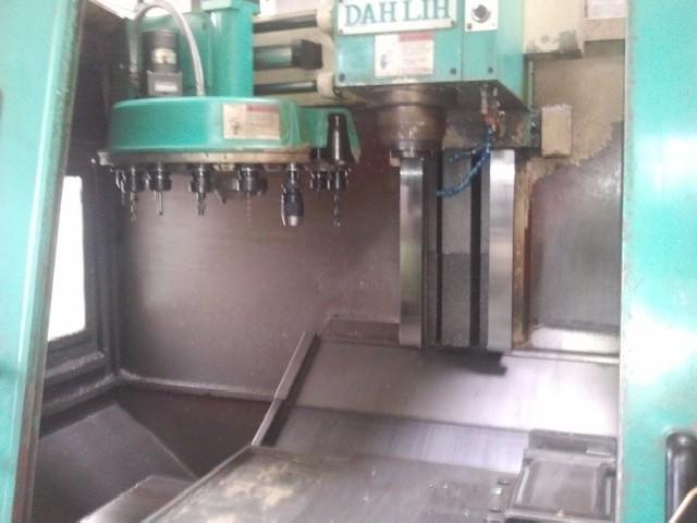 Machining Center - Vertical DAHLIH Lieder MCV 720 photo on Industry-Pilot